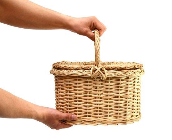 Корзина плетеная с крышкой для пикника малая, фото , изображение 7