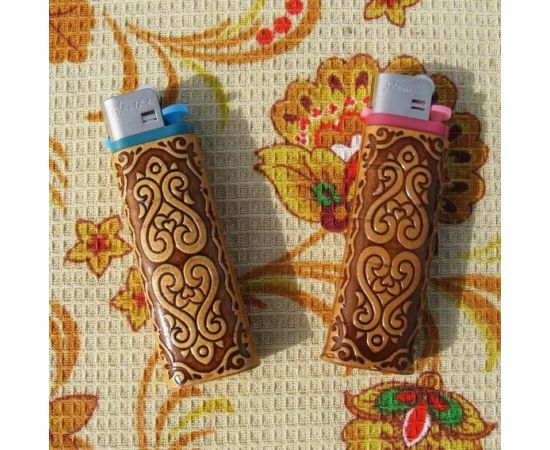 Зажигалка декорированная берестой, фото