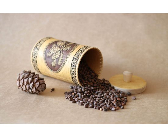 Туес из бересты «Шишки» с кедровыми орехами 0,5 кг, фото , изображение 2