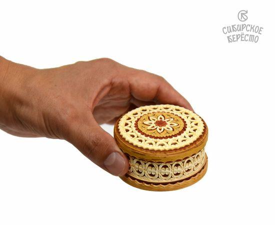 Шкатулка маленькая резная «Ожерелье», фото